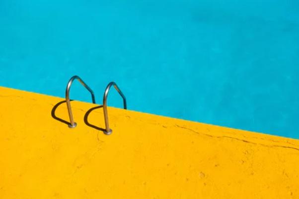 Echelle dans une piscine